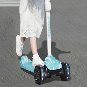 动感轮滑鞋有哪些使用方法